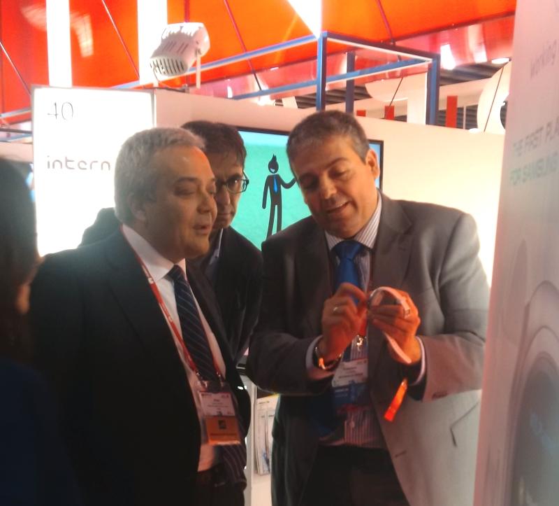 El Secretario de Estado de Telecomunicaciones y Sociedad de la información y Director General de Red.es junto al CEO de Internalia Group. (Victor Calvo-Sotela, Daniel Nogueras Tejedor y Francisco Orellana)
